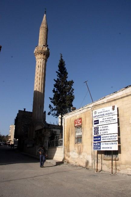 Kesik Minare Camisi Restore Ediliyor