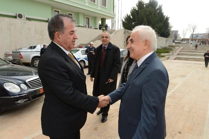 Yunanistan'ın Doğu Makedonya-trakya Bölge Valisi Georgios Pavlidis'ten Edirne Valisi Şahin'i Makamında Ziyaret Etti