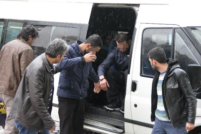 Sahte Parayla Yakalanan 4 Kişiden 1'i Tutuklandı