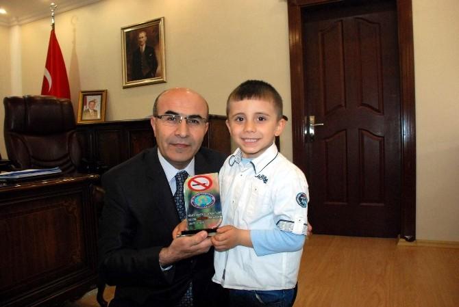 Minik Kardelenlerden Vali Demirtaş'a Ziyaret