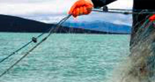 Beyşehir Gölü'nden yılda 40 kilometre yasak ağ çıkarıldı