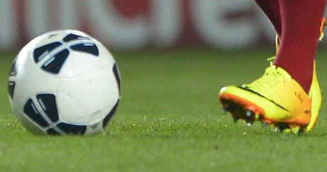 Ajax'ın üç genç futbolcusu gözaltında