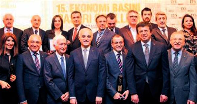 Ekonomi Yazarı ödülü SABAH'a