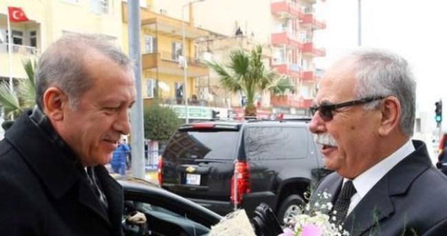 Erdoğan'ı çiçeklerle karşıladılar