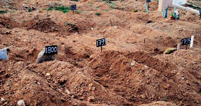 Muhammed 88 gün sonra kimsesizler mezarlığında