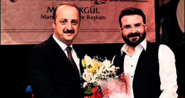 Mamak Belediyesi Akif'i andı