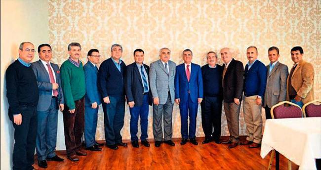 AK Parti Adayı Buhur'a akademisyen desteği