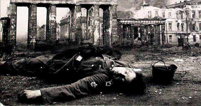 Kızıl Ordu korkusu toplu intihar ettirdi