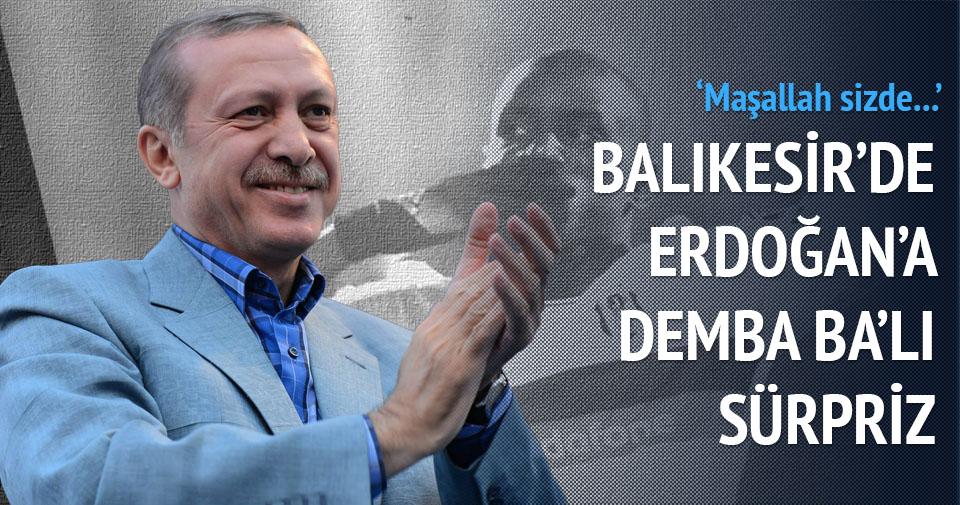 Erdoğan'a Balıkesir'de Demba ba sürprizi