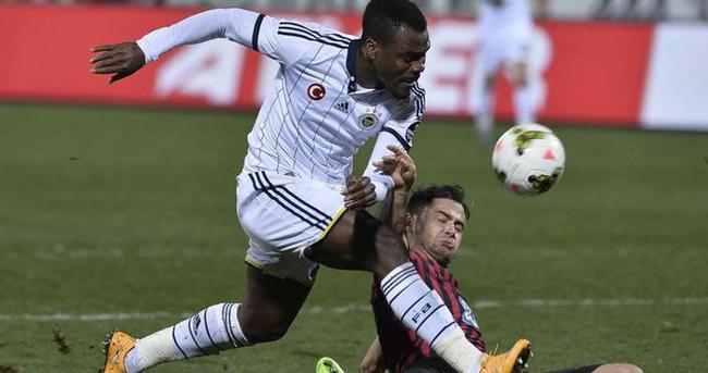 Fenerbahçe taraftarının hedefinde Emenike var