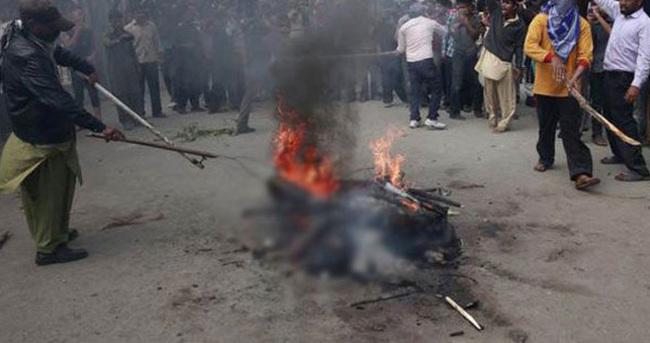 Pakistan'da kiliseye saldırı sonrası olaylar