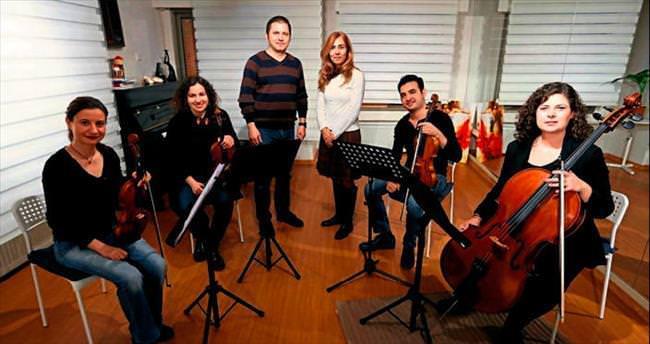 Türkiye'nin ilk aile orkestrası Olten Filarmoni büyülüyor