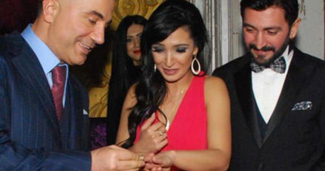 Ferman Toprak'ın nişan yüzüğünü Sedat Peker taktı