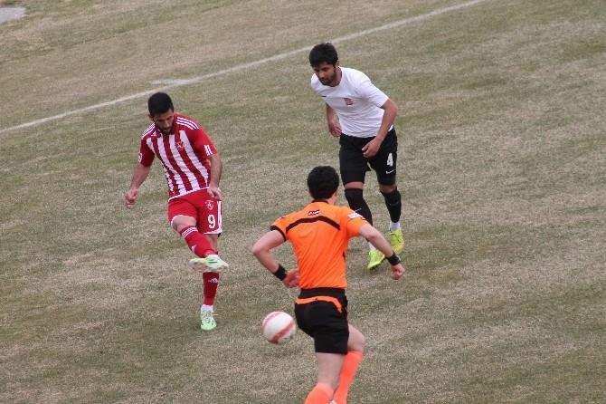 Denizli Büyükşehir Belediyespor Erzincan Refahiye Sporu 4-2 Mağlup Etti