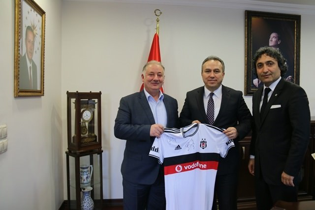 Vali Fidan'a Beşiktaş Forması