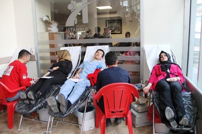 İstanbul Hastanesi'nden Kan Bağışına Destek