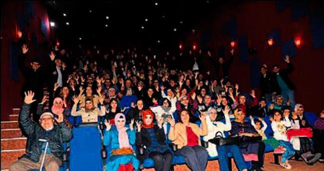 Torbalı'da sağırlar için film etkinliği