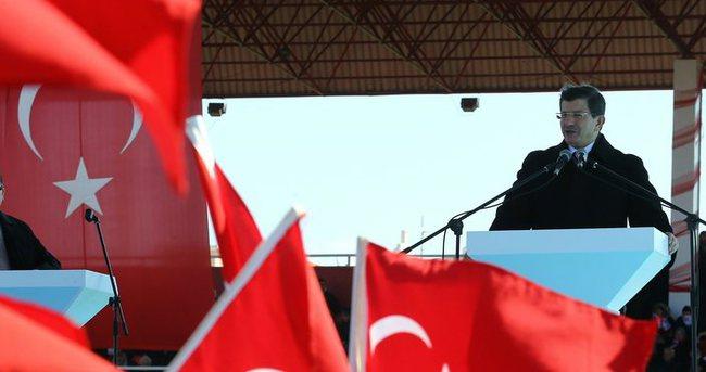 Başbakan Davutoğlu, milli uçak için tarih verdi