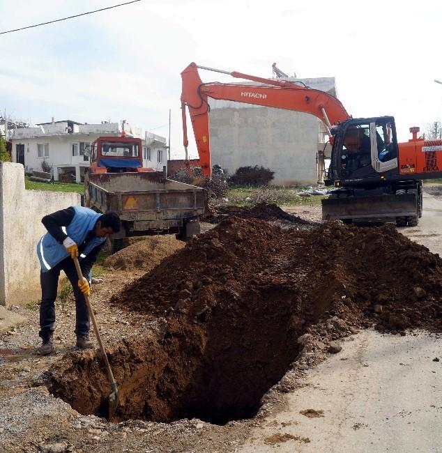 Efeler 'De Kanalizasyon Arızasına Hızlı Müdahale