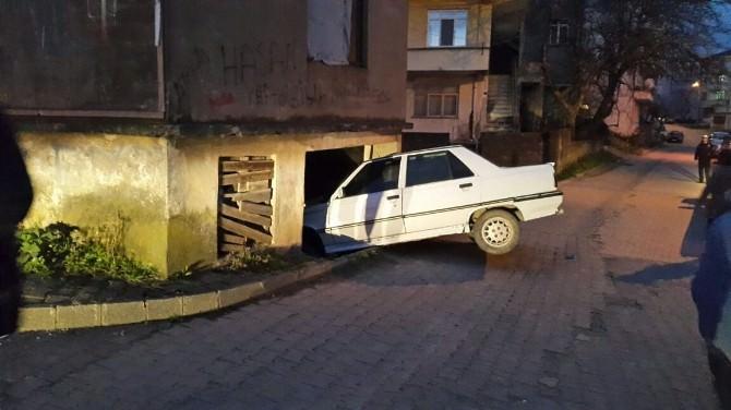 Akçakoca'da Kaza Ucuz Atlatıldı