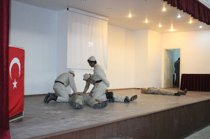 Ceylanpınar'da Çanakkale Şehitleri İçin Anma Töreni
