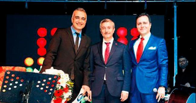 Şahinbey Belediyesi şehitleri unutmadı