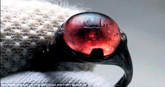 Viking yüzüğünde 'Allah' yazısı