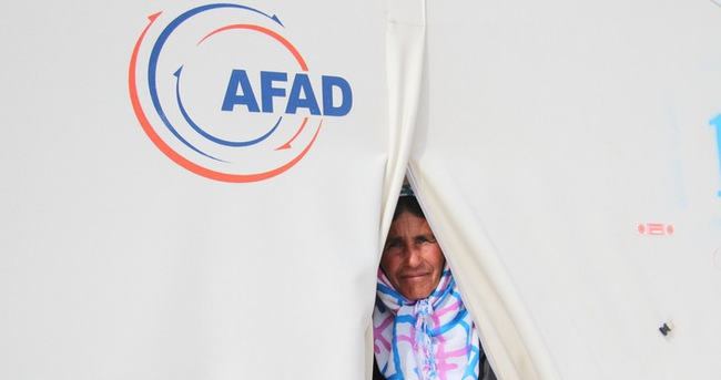 Suriyeli sığınmacılara büyük yardım