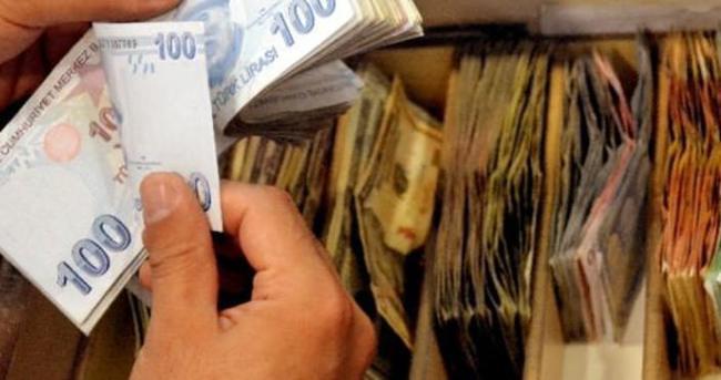 Devleti 750 milyon lira zarara uğratan çete çöktü