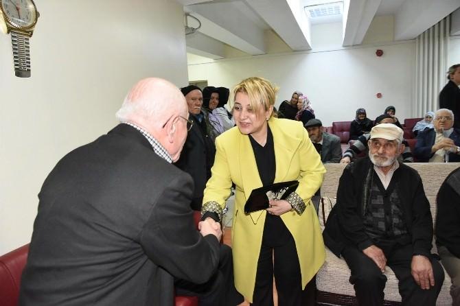 Yaşlılar Haftası'nda Huzurevi Sakinlerine Anlamlı Ziyaret