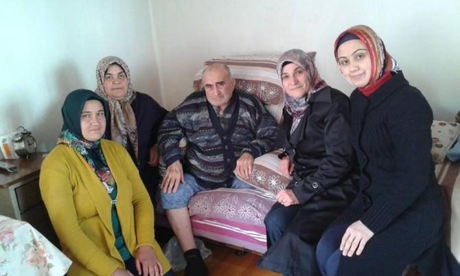 Kula'da AK Kadınlar Ziyaretlerine Devam Ediyor