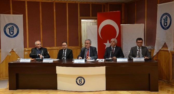 """Prof. Dr. Selvi: """"İslamofobi Çanakkale Savaşıyla Hortladı"""""""