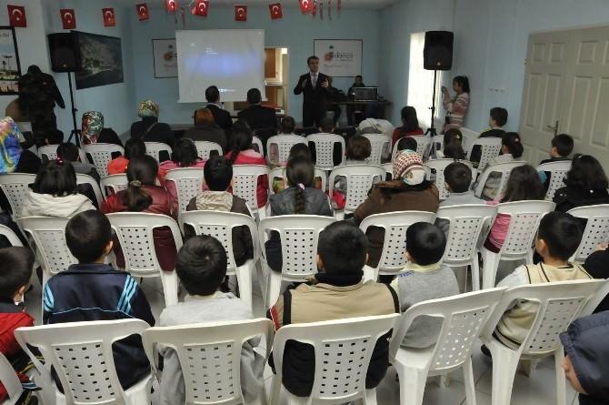 Darıca Bilgi Evleri Çanakkale Zaferini Kutladı