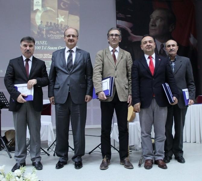 İzmir'de Çanakkale Savaşı Tüm Boyutlarıyla Ele Alındı