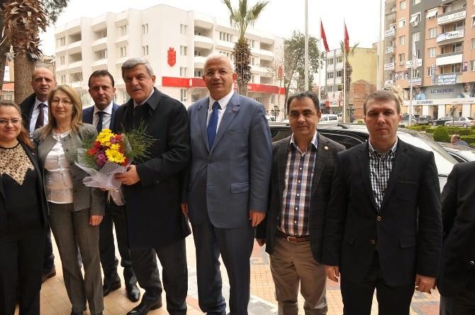 Kocaeli Büyükşehir Belediye Başkanı'ndan Torbalı'ya Ziyaret