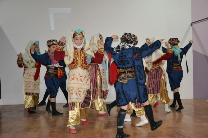 Halil Yurtseven'de Yaşlılar Haftası Kutlaması