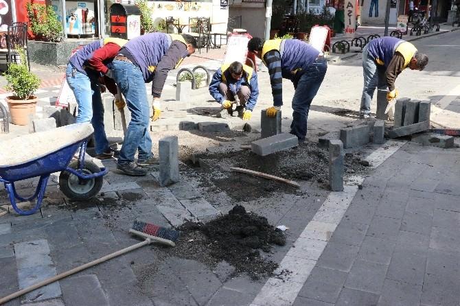 Şanlıurfa'da Cadde Ve Sokkaklarda Bakım Ve Onarım Çalışmaları
