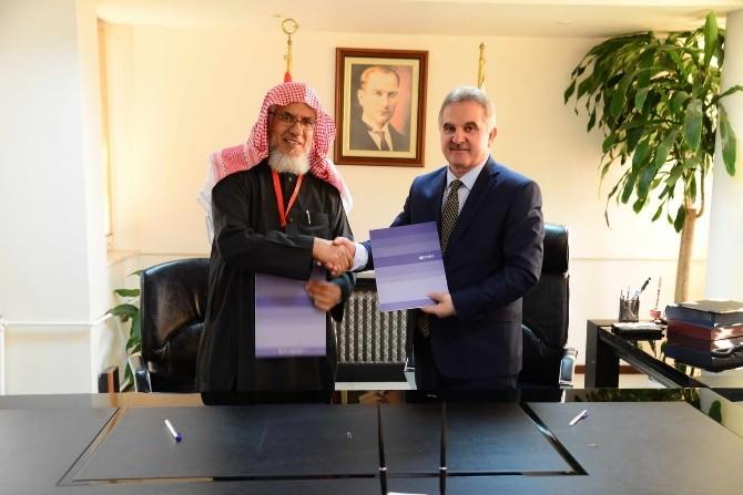 SAÜ İle Suudi Arabistan İslam Finans Kurulu Arasında İşbirliği