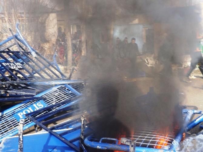 Van'da Olaylı Nevruz Kutlamaları