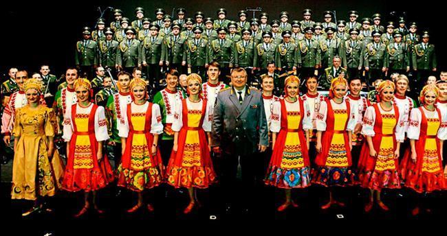 Kızıl Ordu Türkçe söyleyecek