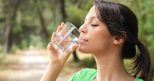 Her sıvı tüketimi suyun yerini tutmaz