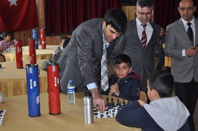 Arpaçay'da Satranç Turnuvası Sona Erdi
