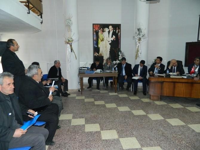 Doğanşehir'de Geriye Dönük Borçlanmaya Tepki