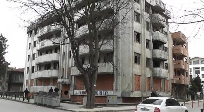 Yıkılmayan Bina Düzcenin Kabusu Oldu