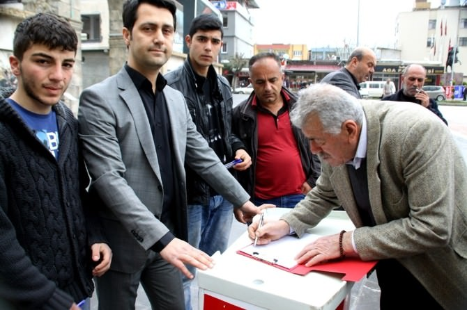 Erzinliler Osmaniye'ye Bağlanmak İçin İmza Kampanyası Başlattı