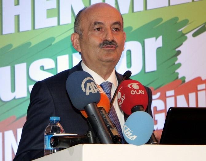 """Mehmet Müezzinoğlu: """"Artık Bizim Ürettiklerimiz De Olmalı"""""""