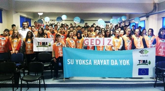 Gediz'de Öğrencilere TEMA Eğitim Semineri Verildi