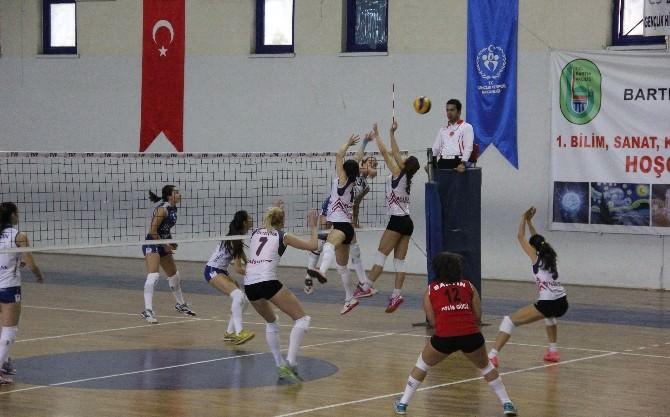 Türkiye Bayanlar Voleybol 2. Ligi Sona Erdi