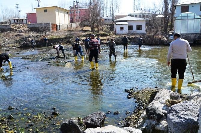 Erciş'te İçme Suyu Havzaları Temizlendi