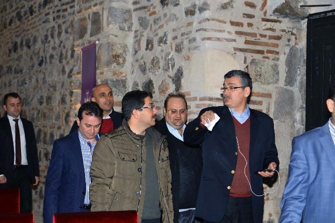 Güvenç, Manisa'da Tarihi Bedesteni İnceledi